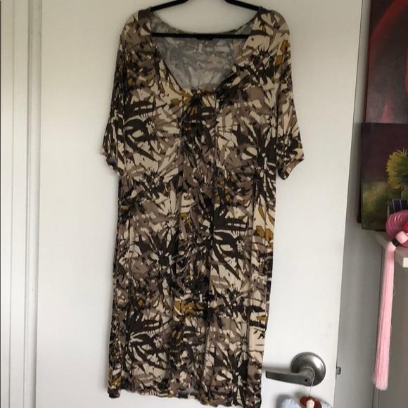 83830670a151 Printed t-shirt dress. M 5bb8e3a3a5d7c69ad7707f26